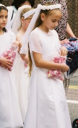 First Communicant Girls (Archdiocesan Corpus Christi Procession 2005)